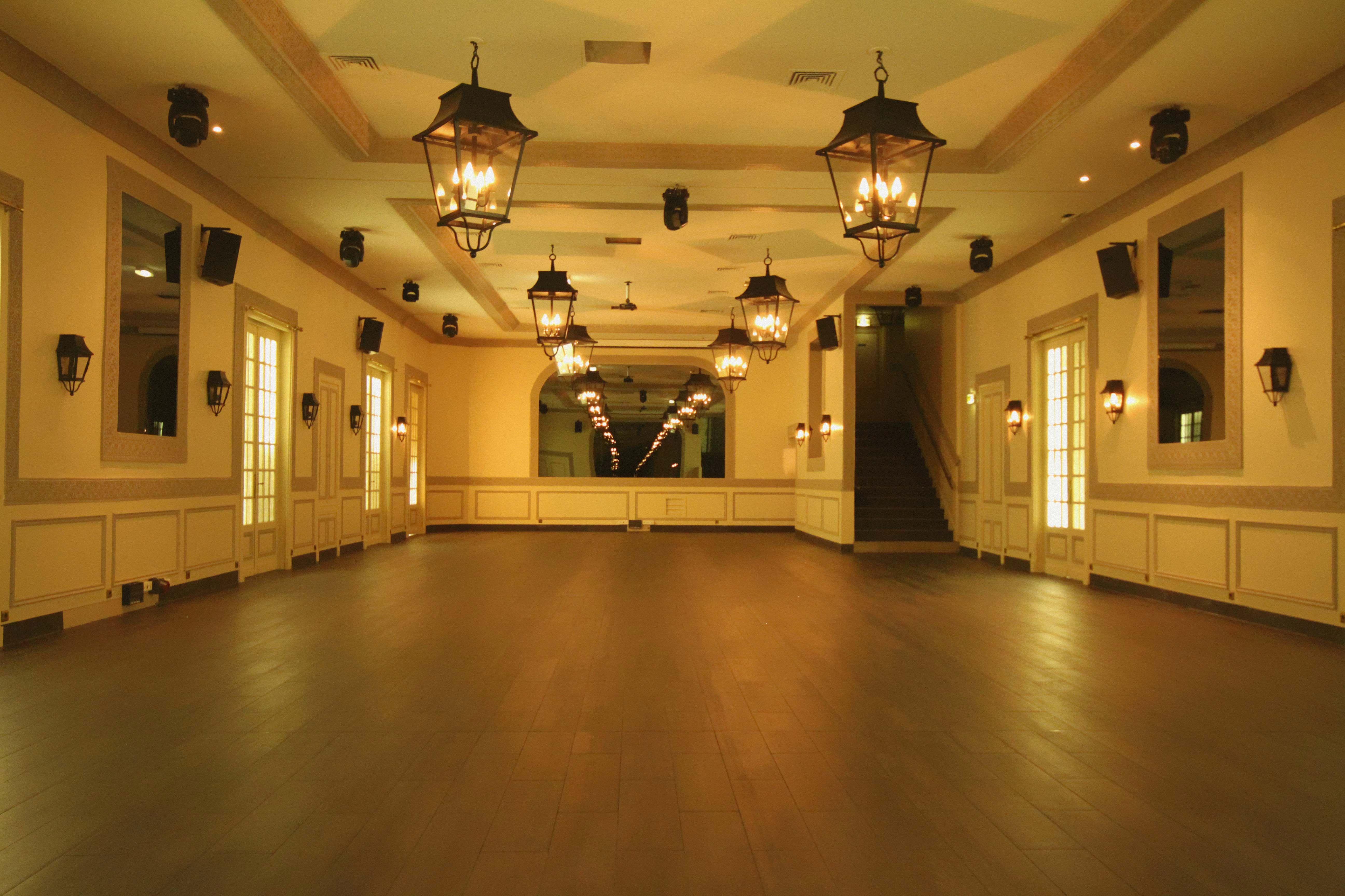 Location salons vianey le site de l 39 ev nementiel for Salons vianey