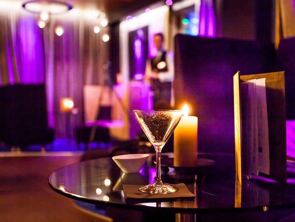 Bar lounge Hotel Seven