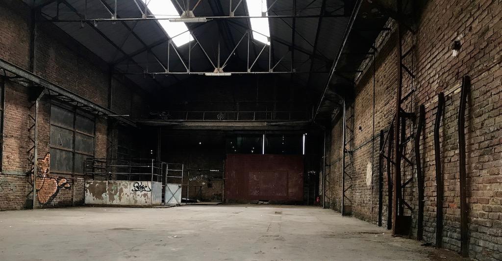 privatisation hangar industriel d saffect paris 19 me. Black Bedroom Furniture Sets. Home Design Ideas
