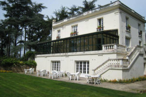 villa-chevreloup-maison-jardin