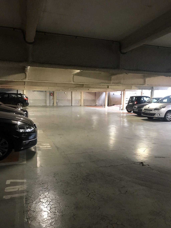 parking bastille